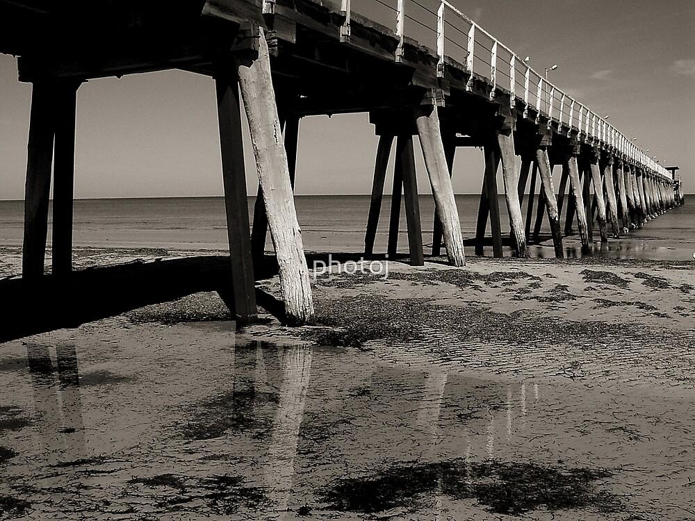 photoj S.A. Larges Beach Jetty by photoj