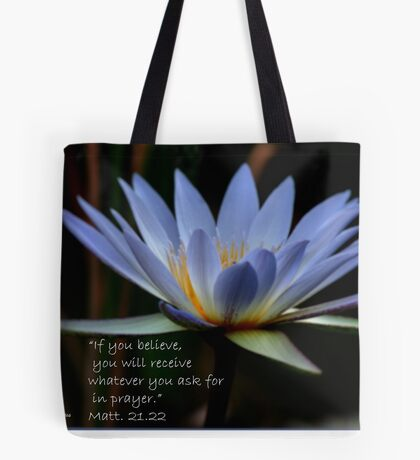 THE BLUE WATERLILY – Nymphaea nouchall Tote Bag