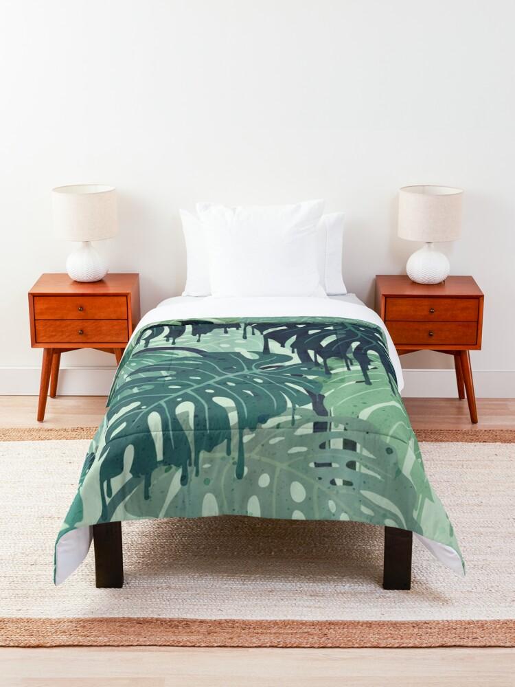 Alternate view of Monstera Melt (in Green) Comforter