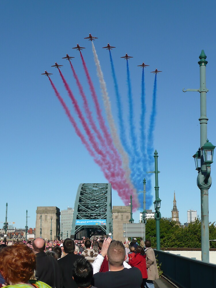 Red Arrows over Tyne Bridge. by Onions