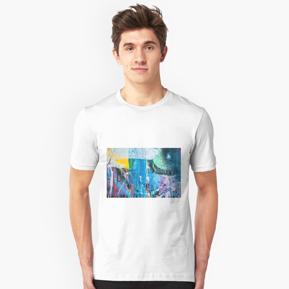 Dripping paint graffiti wall Slim Fit T-Shirt
