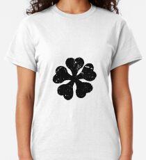 Camiseta clásica Camiseta negra del logotipo del animado del trébol para los amantes del animado