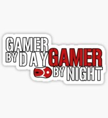 VIDEO GAMES : GAMER BY DAY GAMER BY NIGHT T-SHIRT Sticker