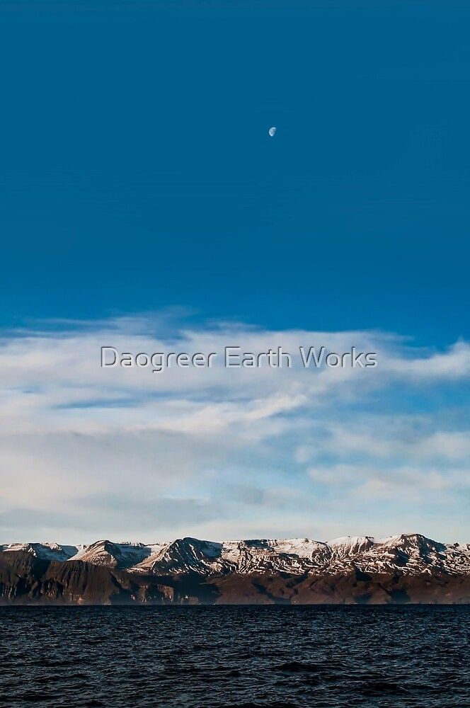 Half Moon Bay by Daogreer Earth Works