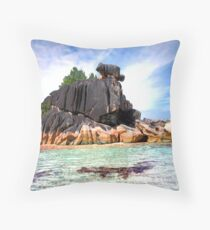 Seychelles, Cousine Island Throw Pillow
