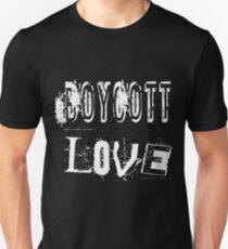 Boykott-Liebe Slim Fit T-Shirt