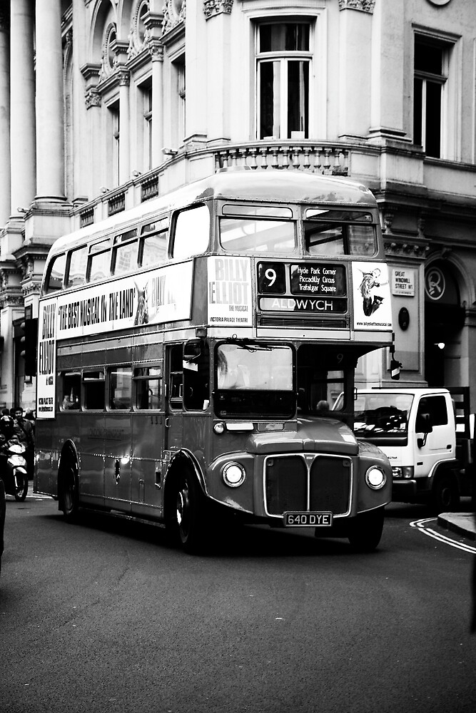 Little Red Bus by corgan