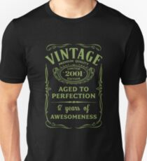 Green Vintage Limited 2001 Edition - 17th Birthday Gift (2018 Birthday Version) Unisex T-Shirt