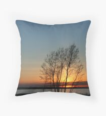 Sunset over Lake Ontario Throw Pillow