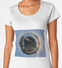 Foyle Marina at Dawn, Stereographic Women's Premium T-Shirt