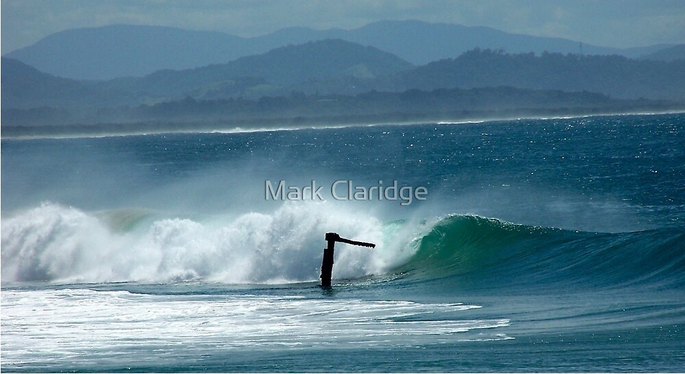 The Wreck Byron  Bay by Mark Claridge