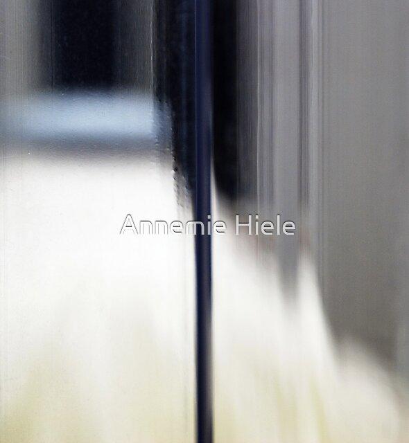 find your way by Annemie Hiele