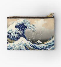La gran ola de Kanagawa Studio Pouch