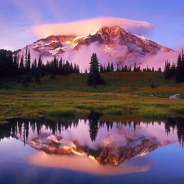 Mount Rainier by CreativeArtist