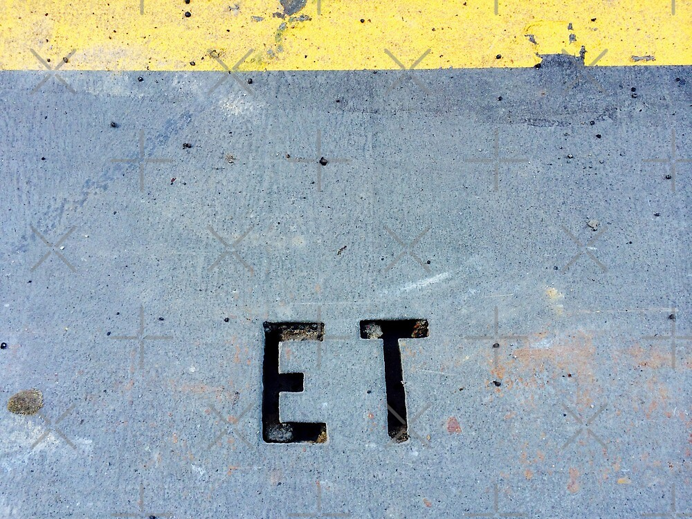 E.T. on the street by Hekla Hekla