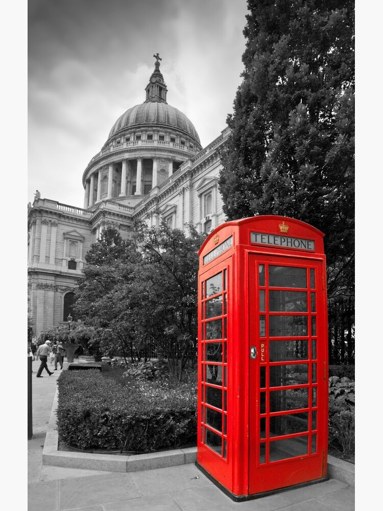 St Pauls Cathedral and the red telephone box by stephenknowles
