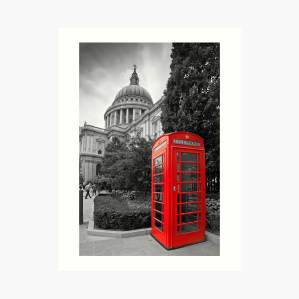 St Pauls Cathedral and the red telephone box Art Print