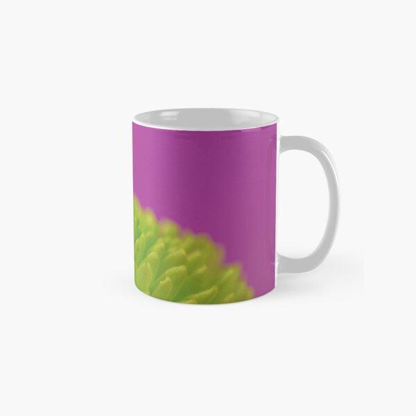 Green Button Spray Chrysanthemum Classic Mug
