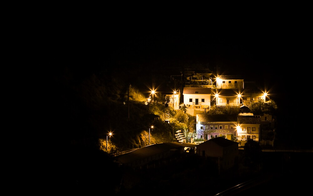 Lights in the hill by LMarinho