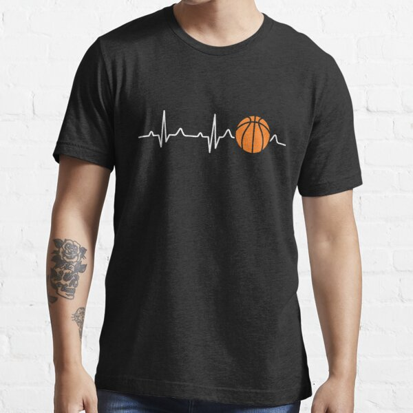 Battement de coeur de basket-ball T-shirt essentiel