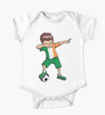 Dabbing Soccer T shirt for Boys Ireland Irish Football Gifts Kids Clothes