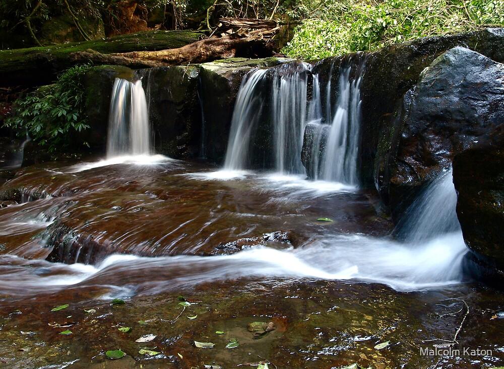 Overflow - Kangaroo Valley, NSW by Malcolm Katon