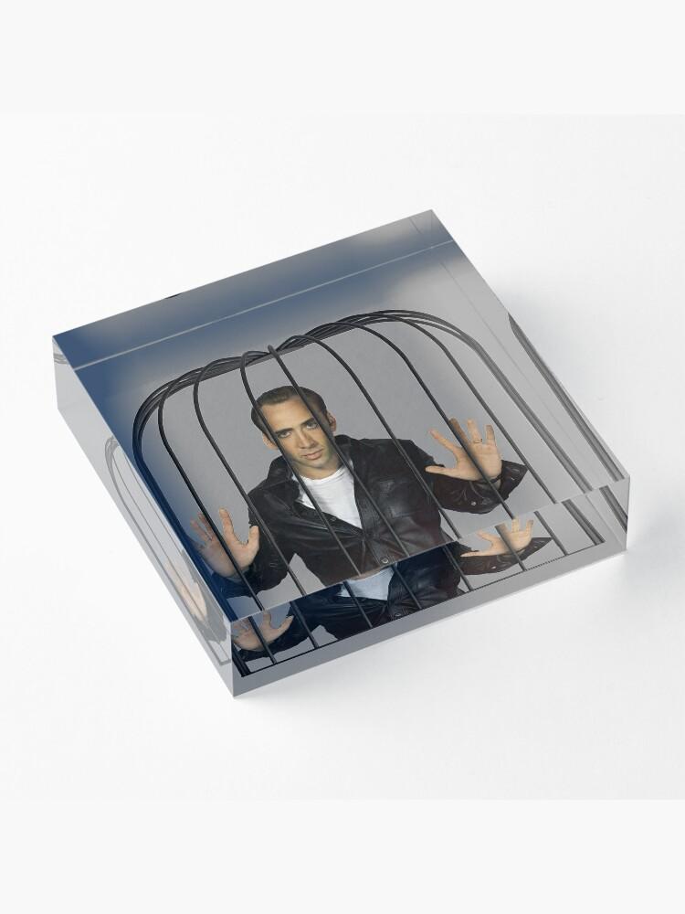 Alternative Ansicht von Nicolas Cage? Nicolas in einem Käfig. Acrylblock