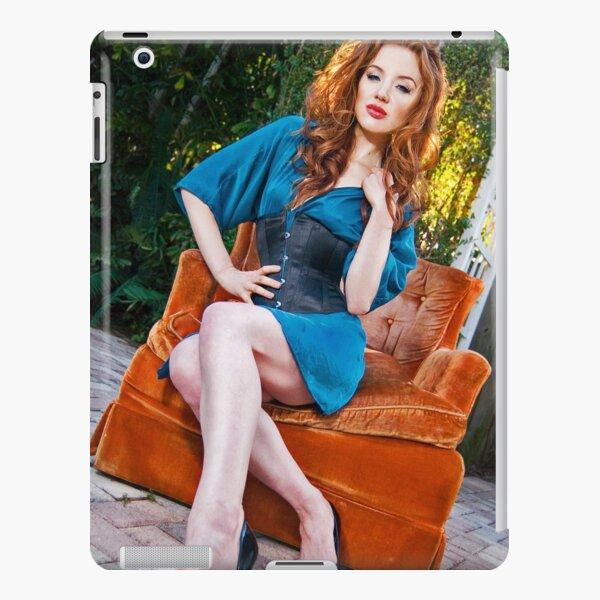 Jessamyne iPad Snap Case
