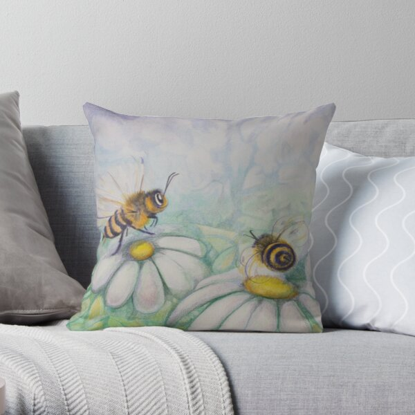 Bees and Daisies I love you Throw Pillow