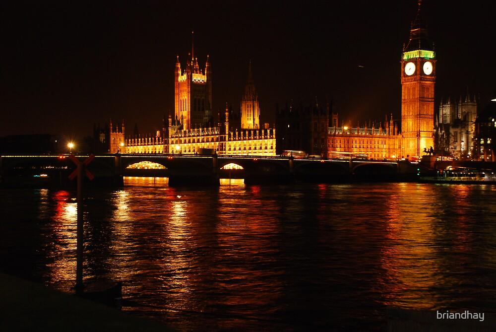 London landmark by night by briandhay