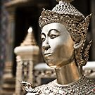 Statue of the Emerald Buddha temple  by Cvail73