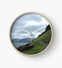 Island road Clock