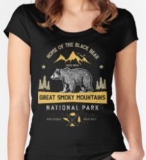 Great Smoky Mountains National Park Shirt Bear Vintage Gift Ideas T-shirt Women's Fitted Scoop T-Shirt