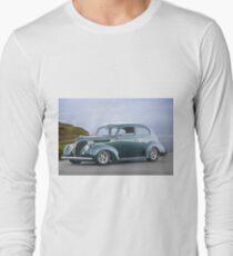 1938 Ford Deluxe Sedan T-Shirt