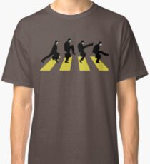 Ministry of Silly walk   Cult tv  Best of British   Monty Python Classic T-Shirt