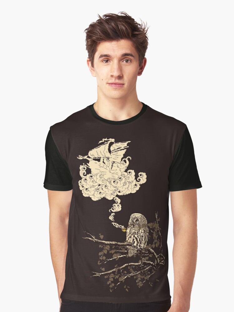 Wow It's a ship ! Graphic T-Shirt Front