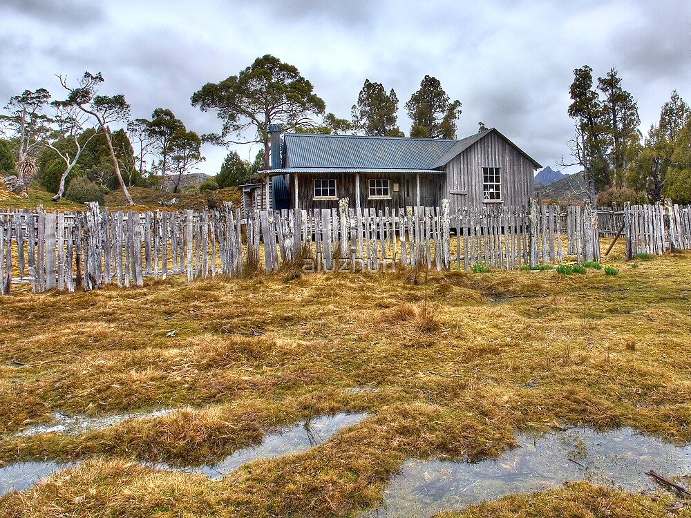Logger's Hut, Ronny Falls by aluzhun