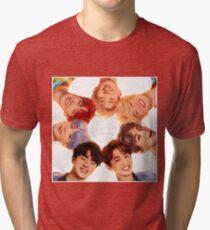 Camiseta de tejido mixto OT7 Love Yourself | Me amo