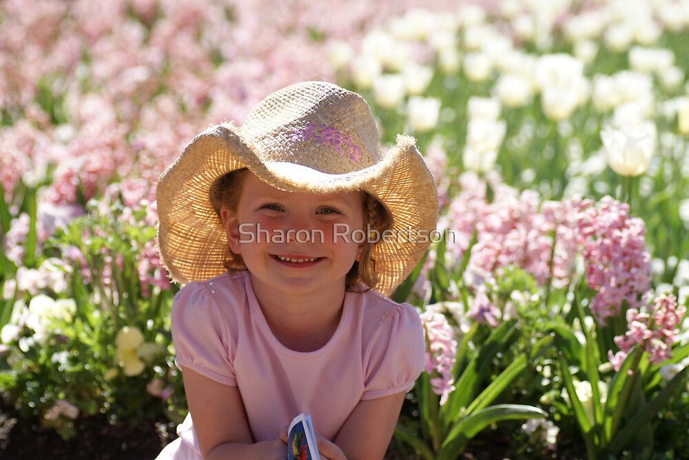 Issy at Floriade by Sharon Robertson