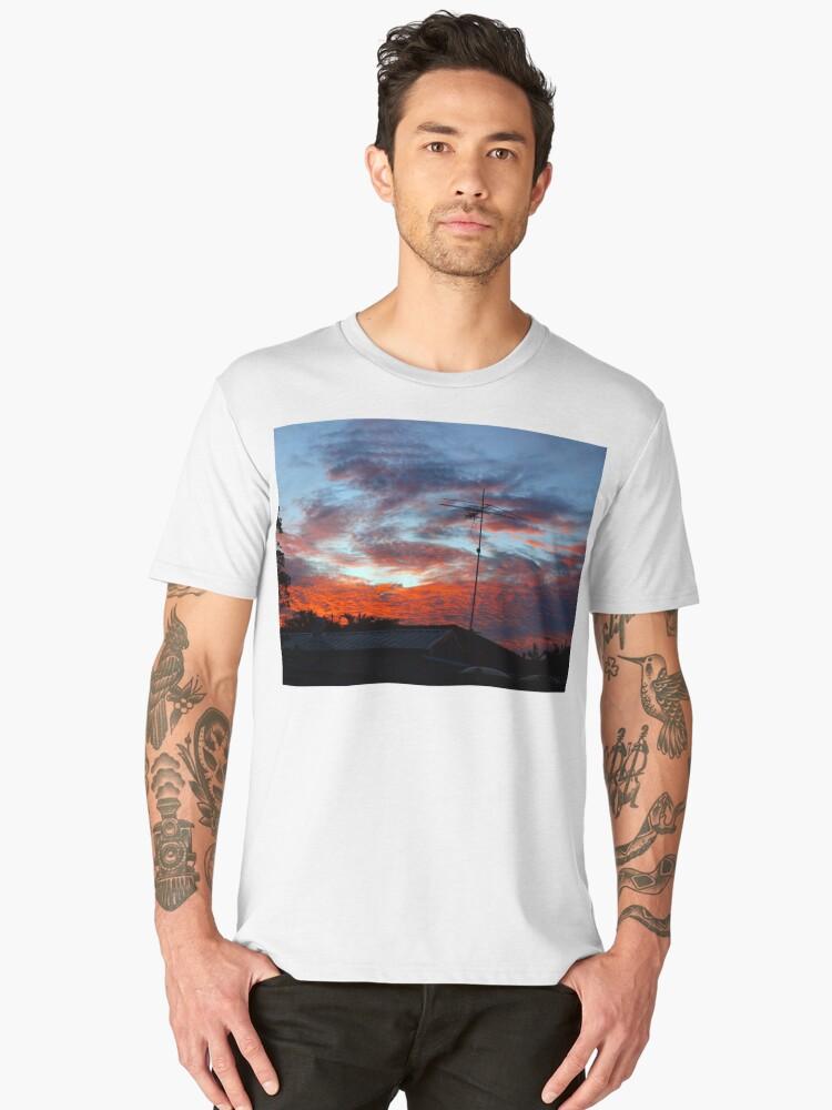 SUBURBAN SUNSET Men's Premium T-Shirt Front