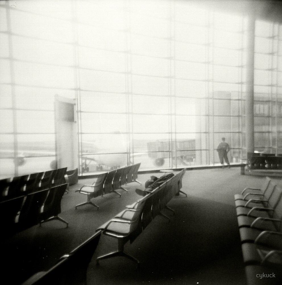 Airport, Paris by cykuck