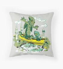 DAGONIN AND CTHULOBBES Throw Pillow