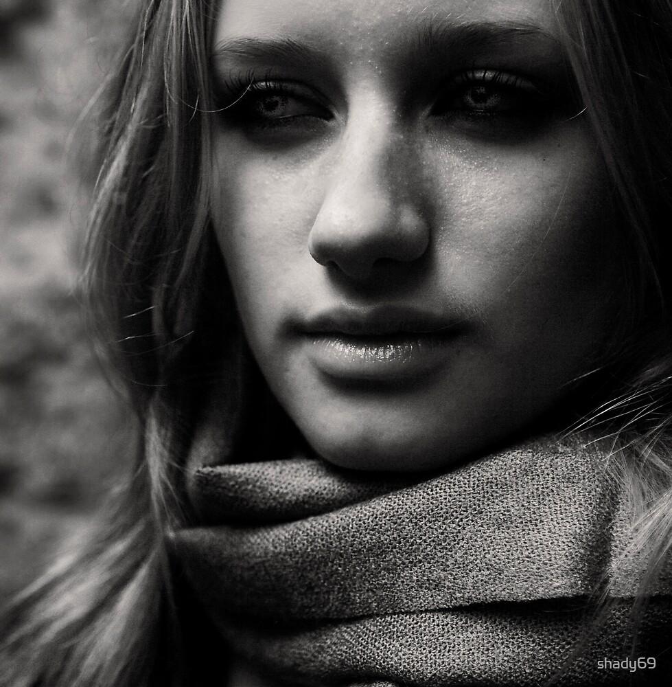 B&W Portrait by shady69
