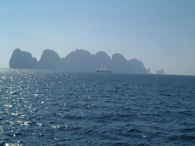 islands of thailand by Gipi Gopinath