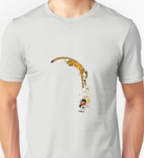 Hobbes pouncing on Calvin T-Shirt