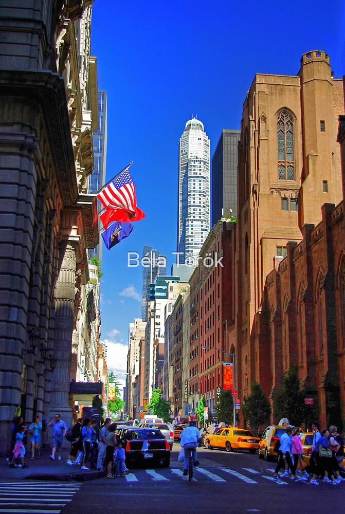 Midtown East, N.Y. by Béla Török