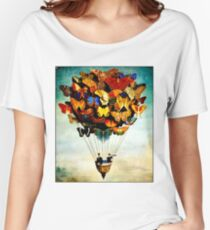 BUTTERFLY BALLOON : Vintage Abstract Painting Print Women's Relaxed Fit T-Shirt
