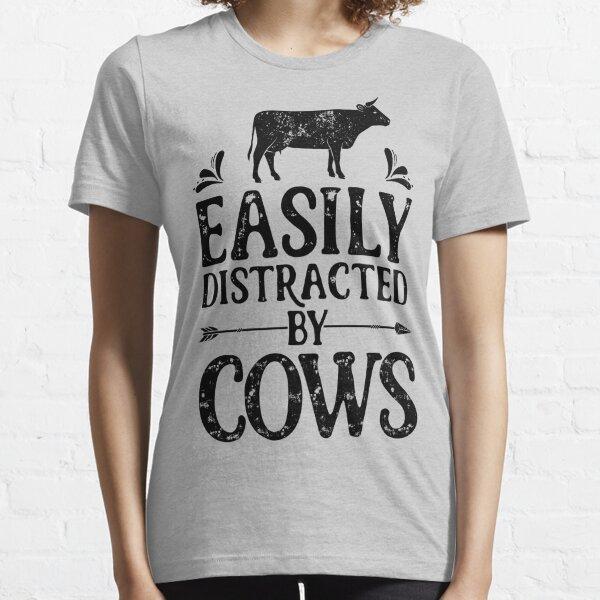 Distraído fácilmente por las vacas camiseta Camiseta de los regalos agrícolas divertidos de la granja para los granjeros o los amantes de la vaca Camiseta esencial