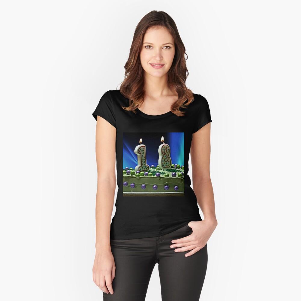 Feier Tailliertes Rundhals-Shirt