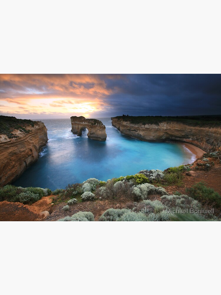 Island Arch, Great Ocean Road, Australia by Chockstone